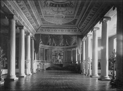 Интерьер театра в усадьбе Останкино