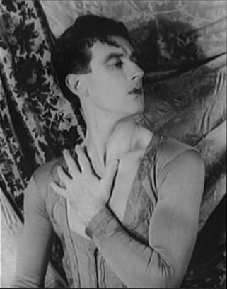 Антон Долин в Испанском танце, 1940. Фотография Карла Ван Вехтена