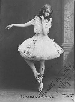 Нинетт де Валуа в 1914 году