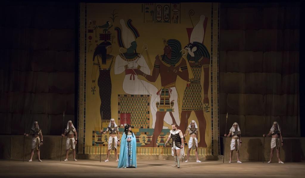 Опера в голом виде смотреть фото 140-695