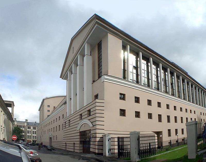 В 2006 году завершилась грандиозная реконструкция исторического здания театра на Большой Дмитровке.