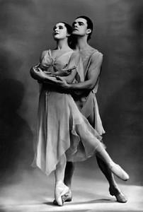 Святослав Кузнецов и Ксения Ладанова («Хореографические миниатюры», балетм. Л. Якобсон)