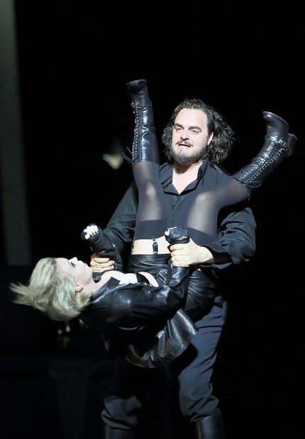 Изящная беспардонность: о чём мюнхенская постановка «Арабеллы»