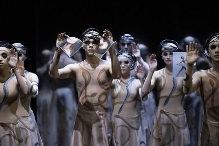 Премьера «Орфея и Эвридики»: Ольга Борщёва поднимается в ад