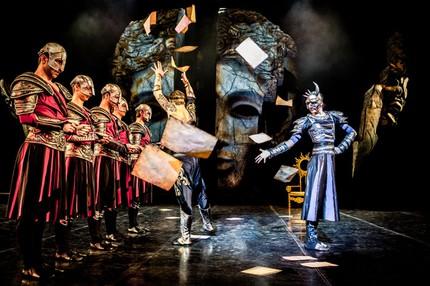 «Три маски короля»: балетная антиутопия