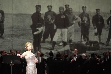 «Дон Карлос» в постановке Петера Конвичного