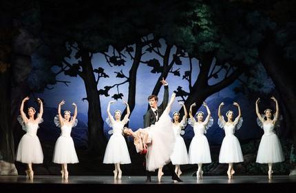 В мире романтического балета: «Cильфида» в Любеке